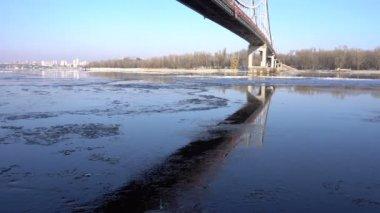 Jég áramlik a Duna, Budapest, Magyarország