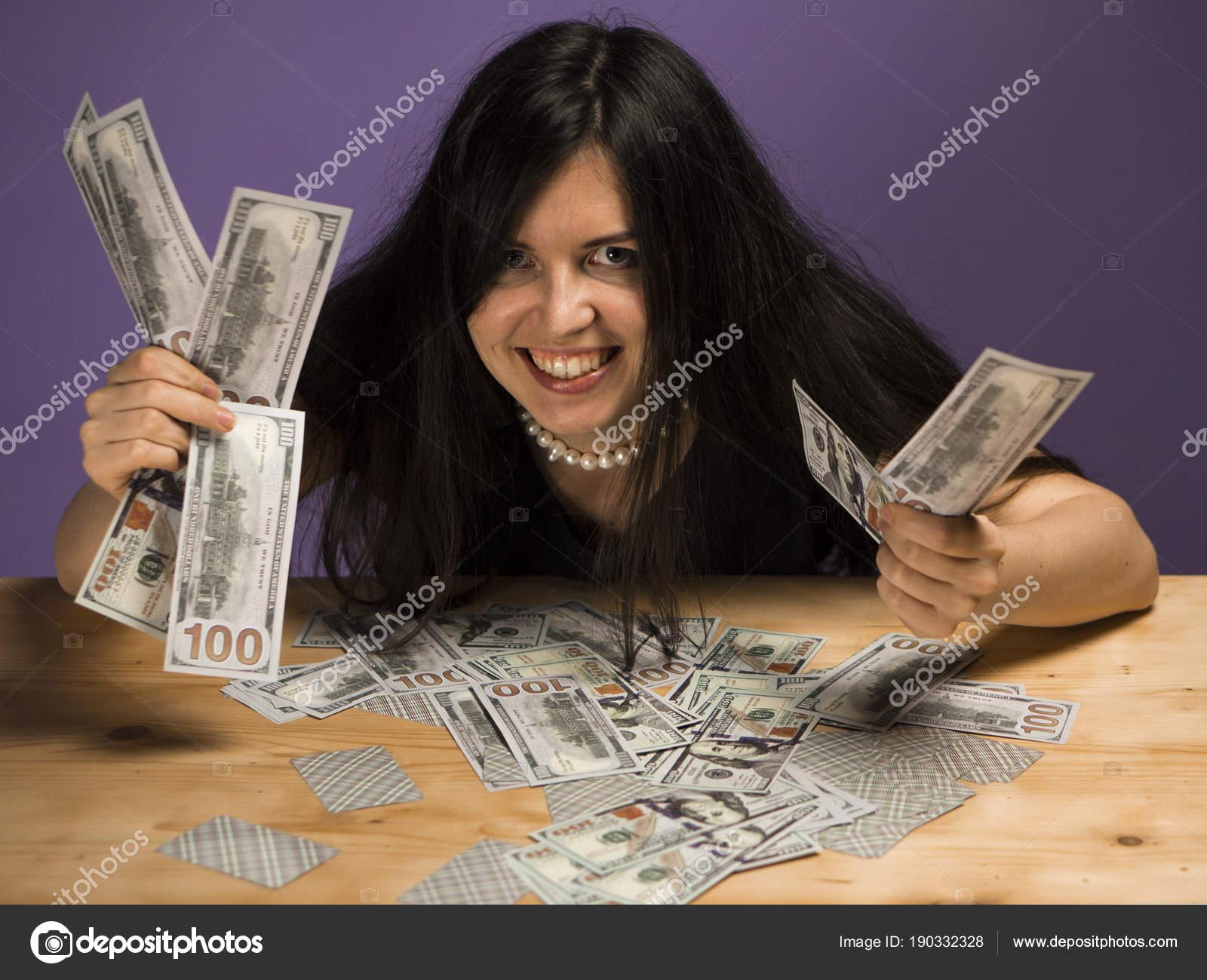 Продают жен за деньги, В русском порно муж продал свою жену за бабло 21 фотография