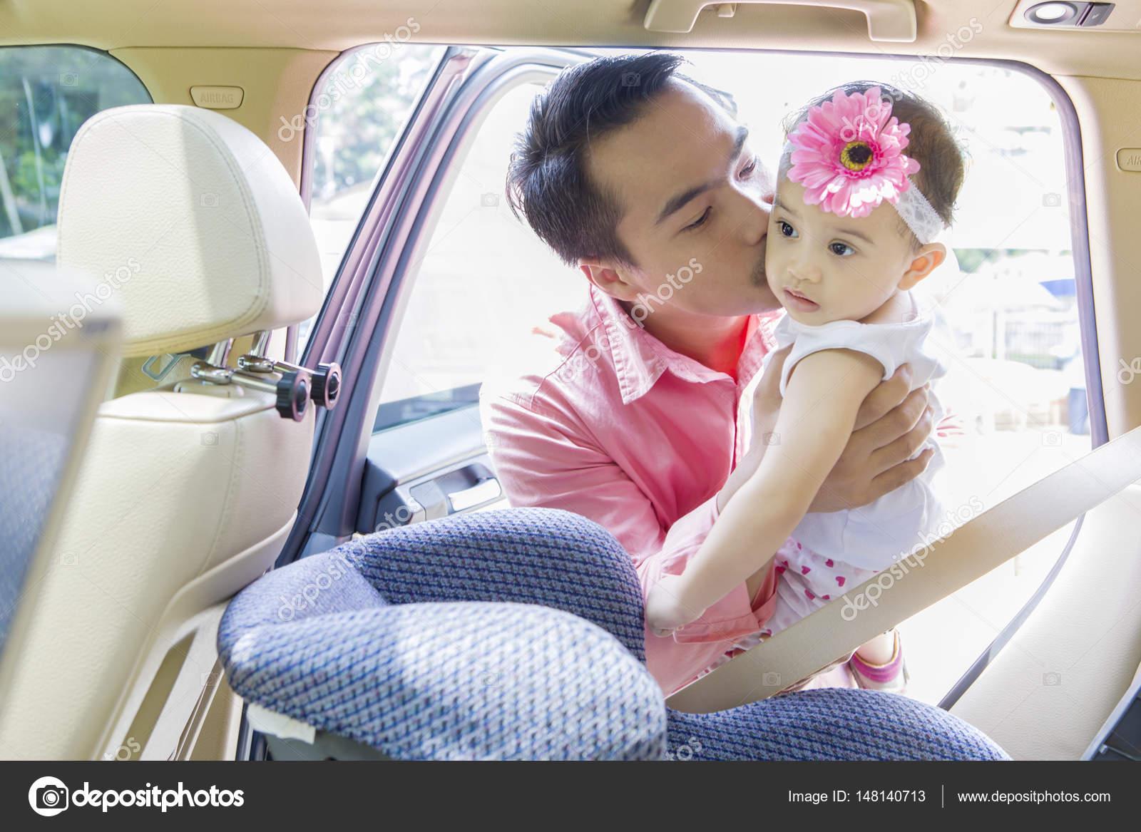 Auto kussen kind leuke aap knuffel auto bruiloft poppen pop