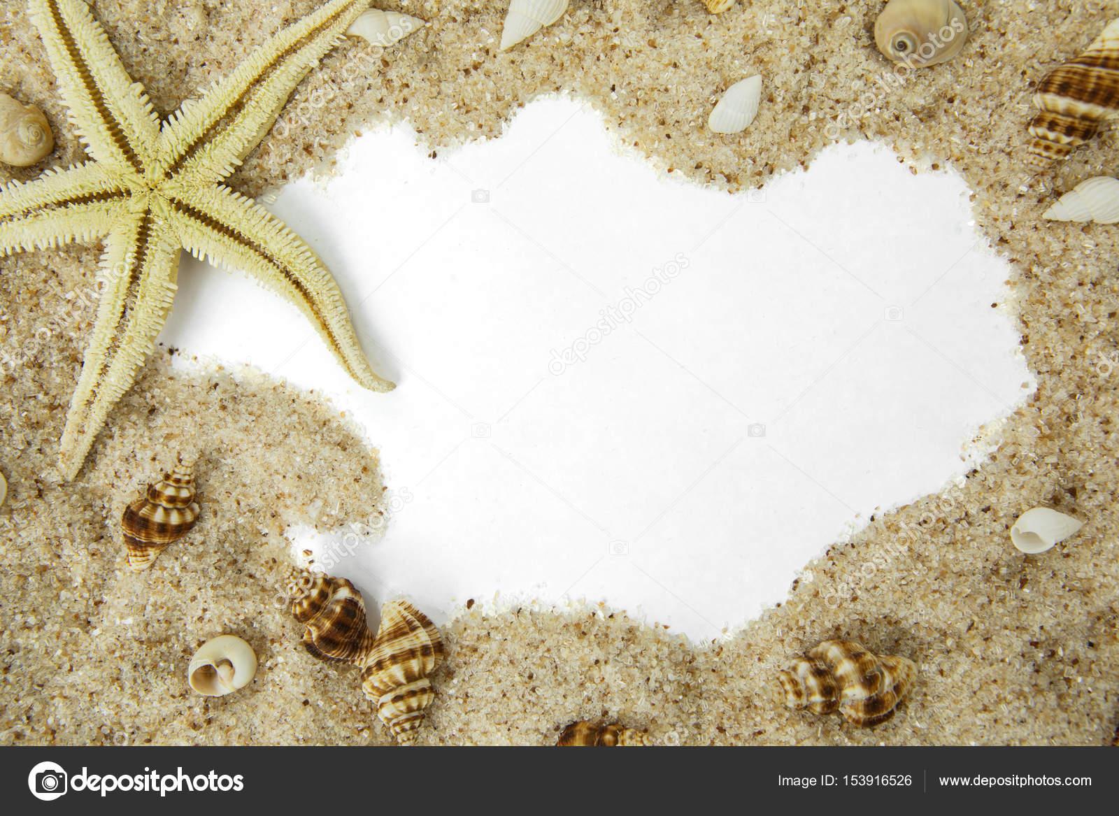 Estrella de mar en el marco de la playa de la arena — Fotos de Stock ...