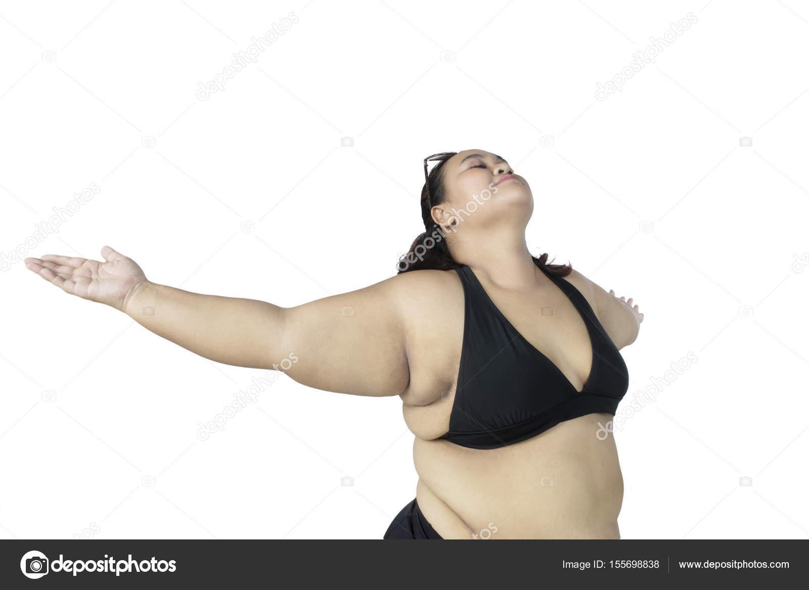 Dicke Frau mit Bikini posiert im studio — Stockfoto © realinemedia ... ecc5e58f84