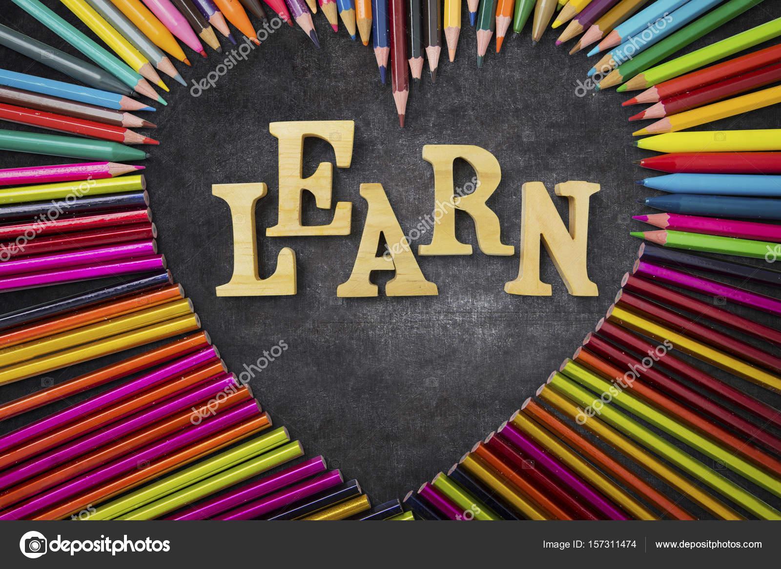Lápices de colores con la palabra Learn — Fotos de Stock ...