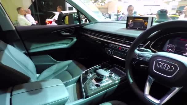 Moderní interiér vozu Audi