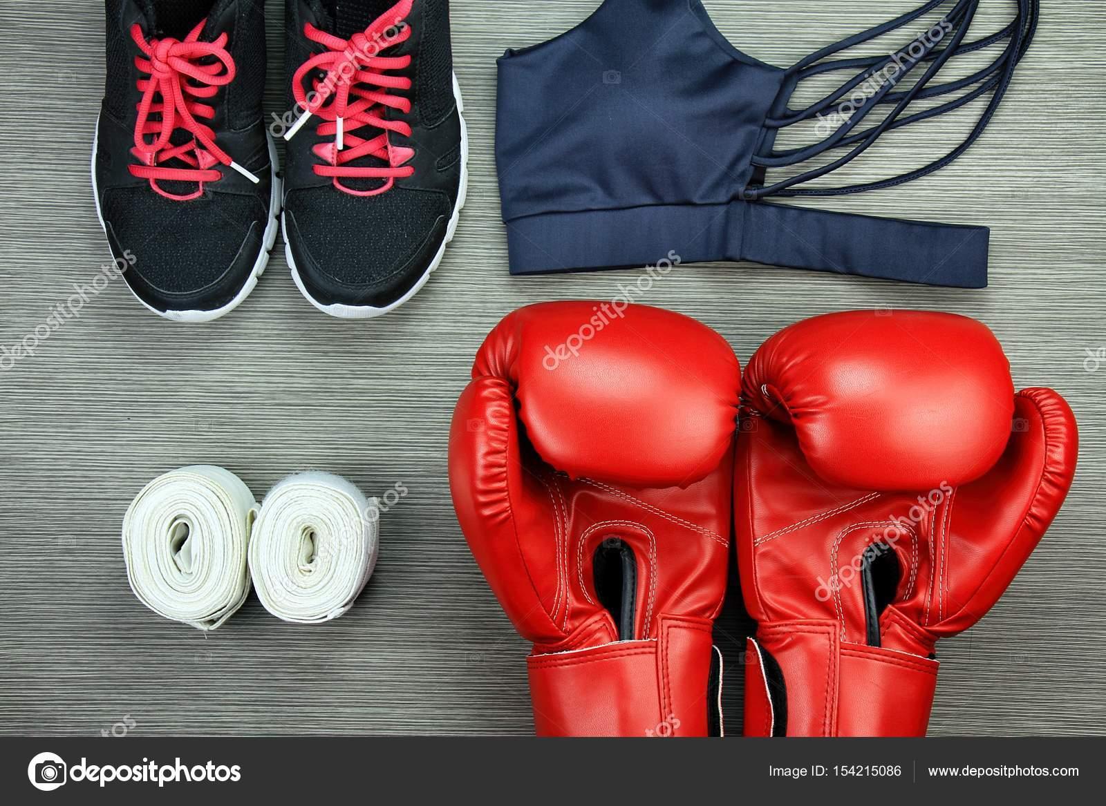 e34a1237b Conjunto de desgaste do esporte para o boxe exercício treinamento e  acessórios