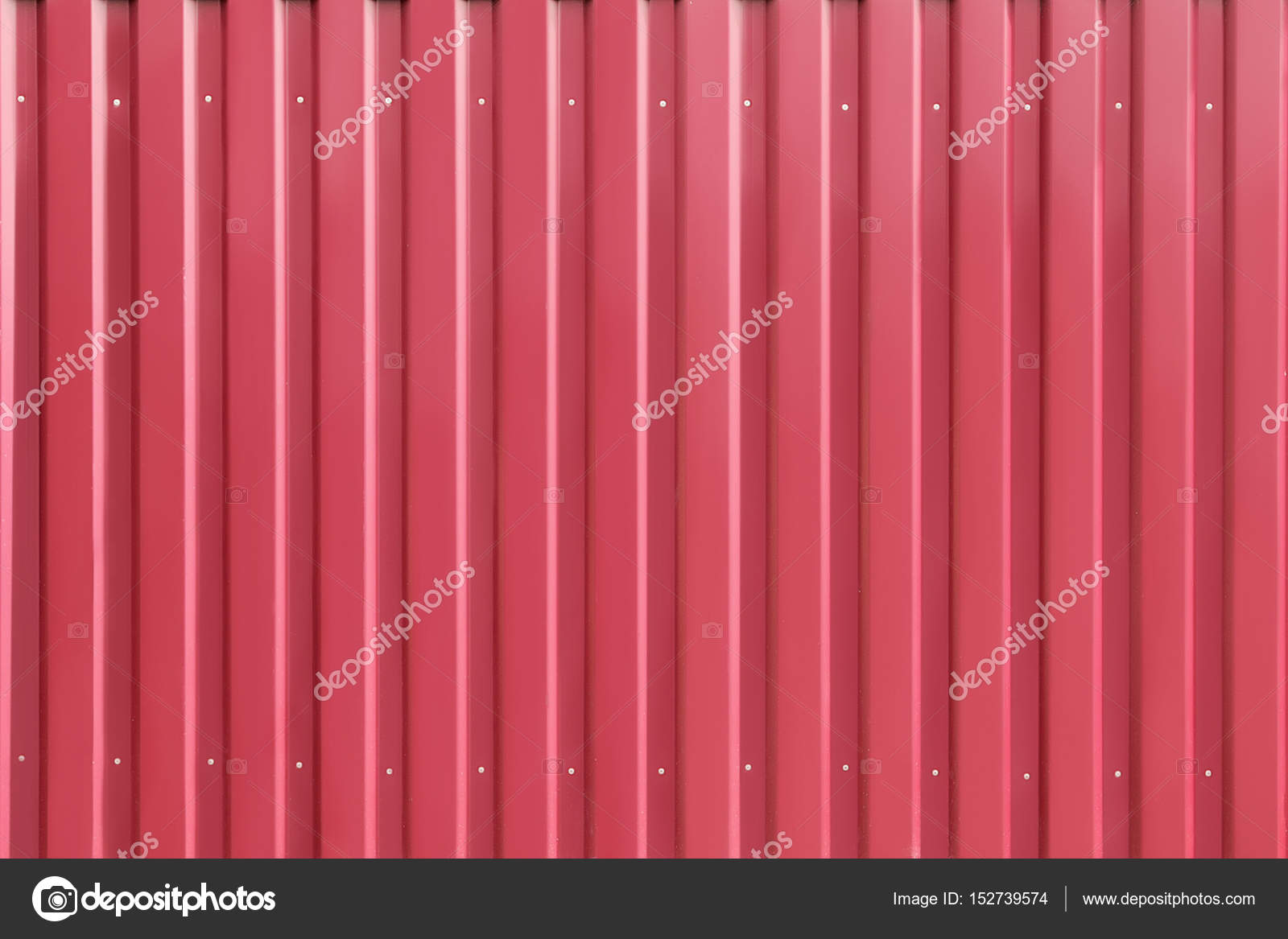 Colore Pareti Bordeaux : Struttura di colore bordeaux del muro di ferro u2014 foto stock © r