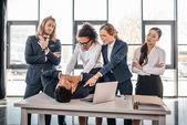 Fotografie multicultural business team quarreling