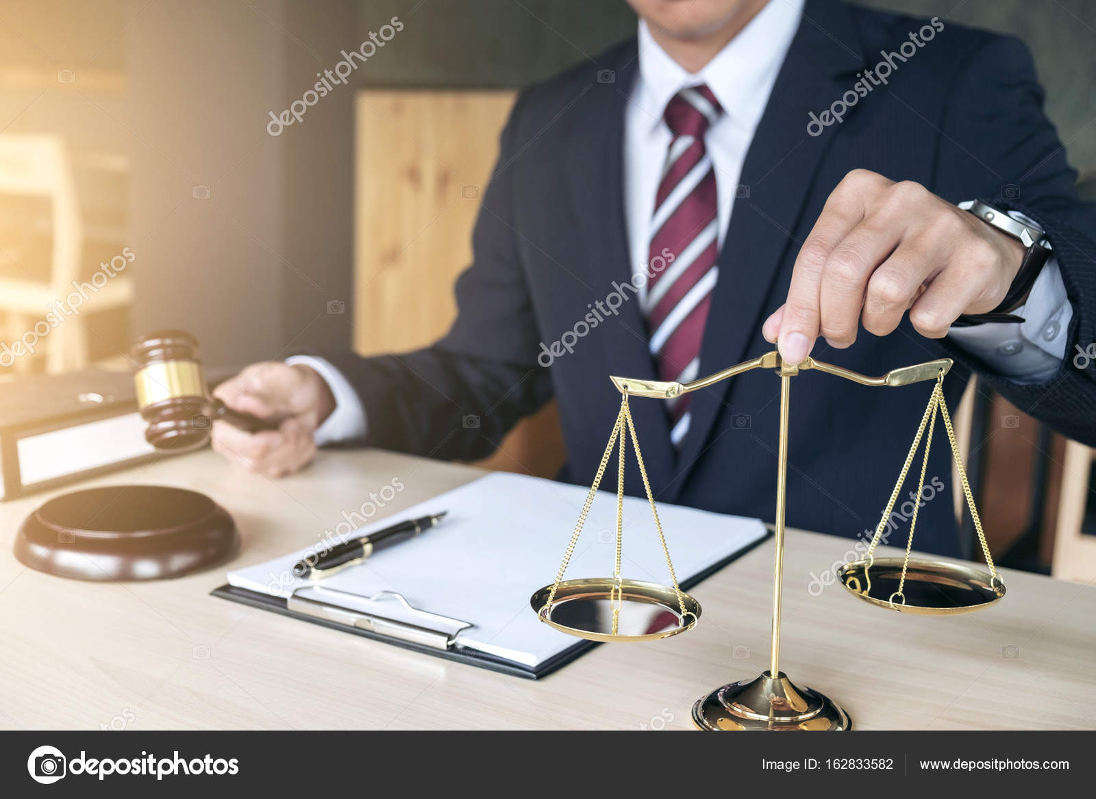 Male lawyer working with gavel and scales of justice, note paper — Stock Photo © freedomtumz #162833582