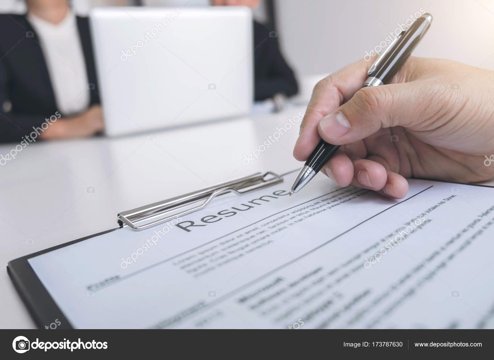 Concepto de empleo y contratación, Junta un durin de reanudar la ...