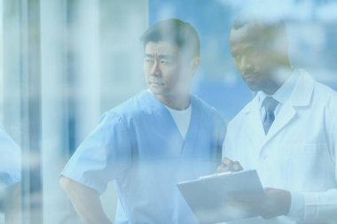 doctors discussing work