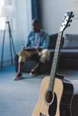 Photo African american man with guitar