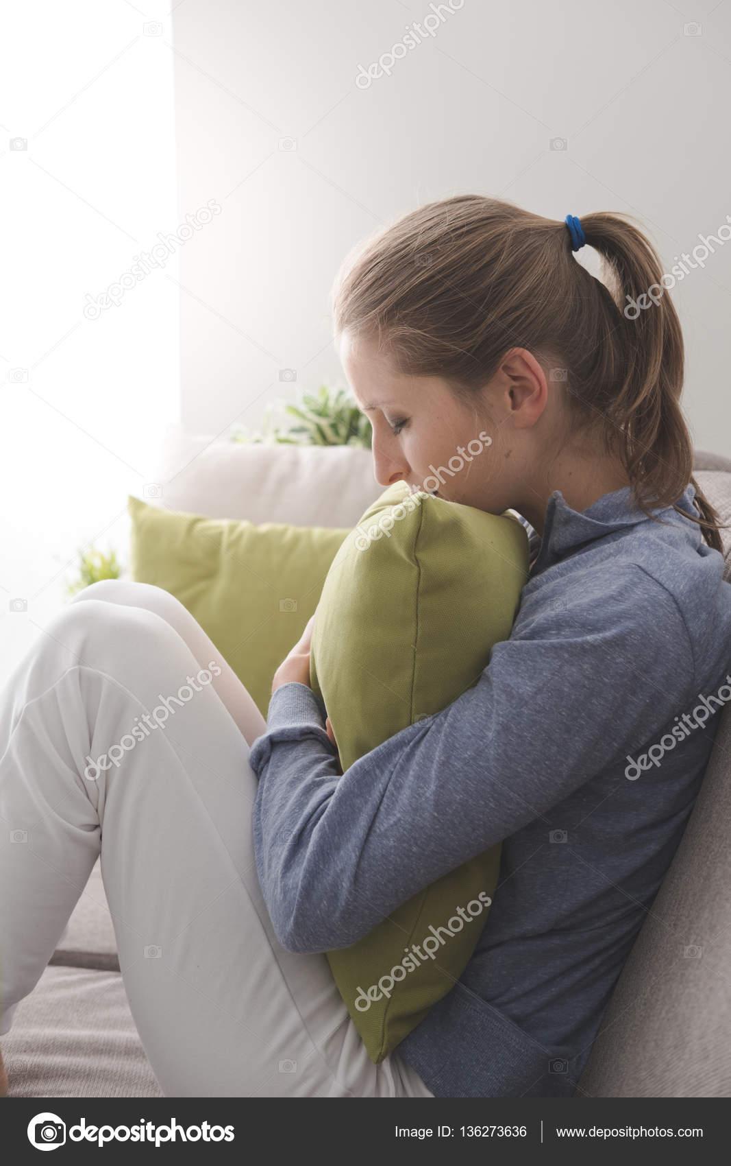 Одинокие женщины дома фото фото 783-817