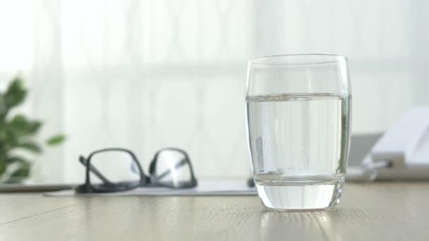 Šumivá tableta rozpouštění do vody