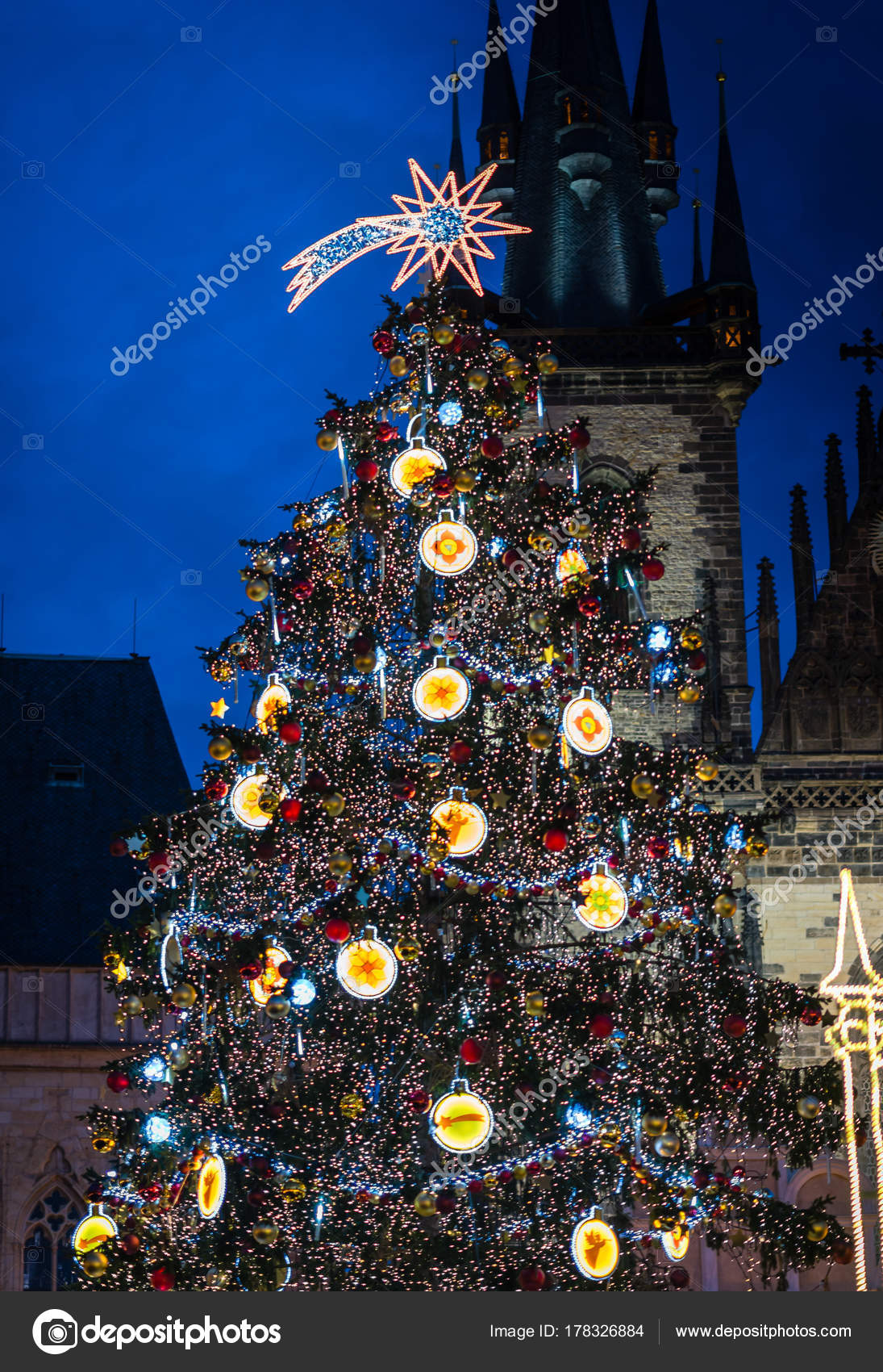 Christmas tree on Prague Old Town Square — Stock Photo © Aivita ...