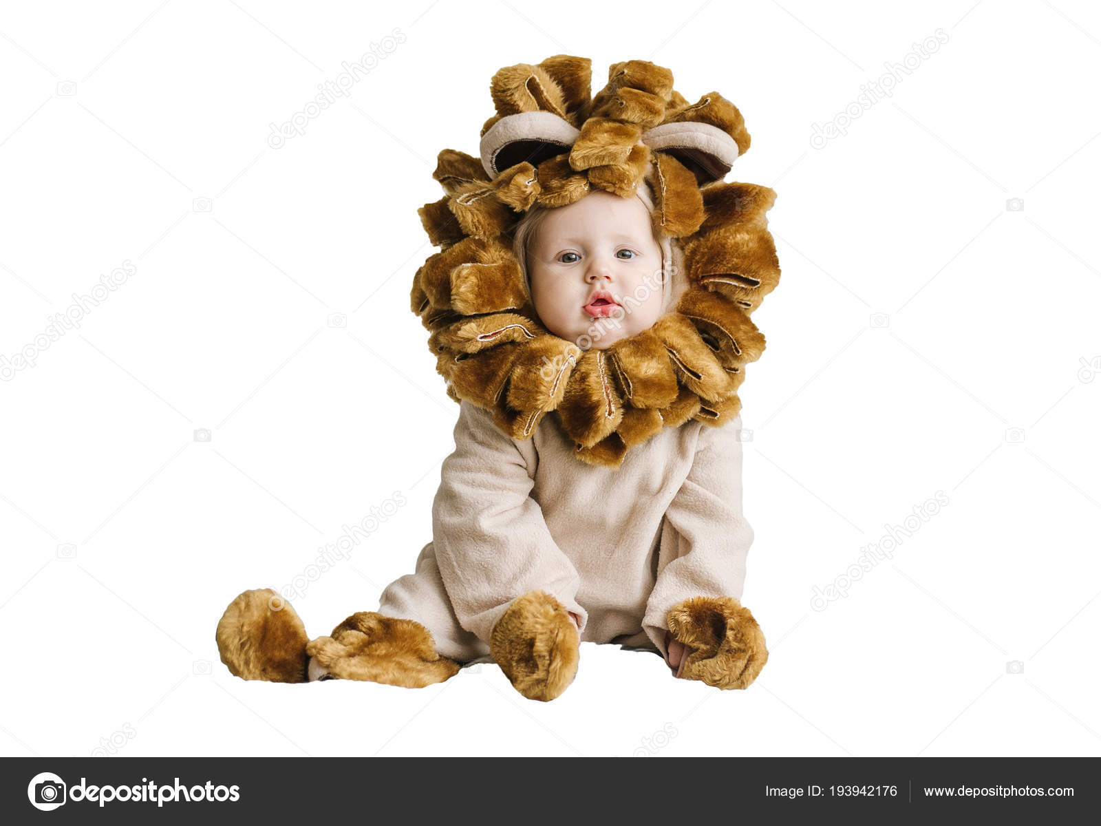 Handsome plump little child in a lion costume. u2014 Stock Photo  sc 1 st  Depositphotos & Handsome plump little child in a lion costume. u2014 Stock Photo ...