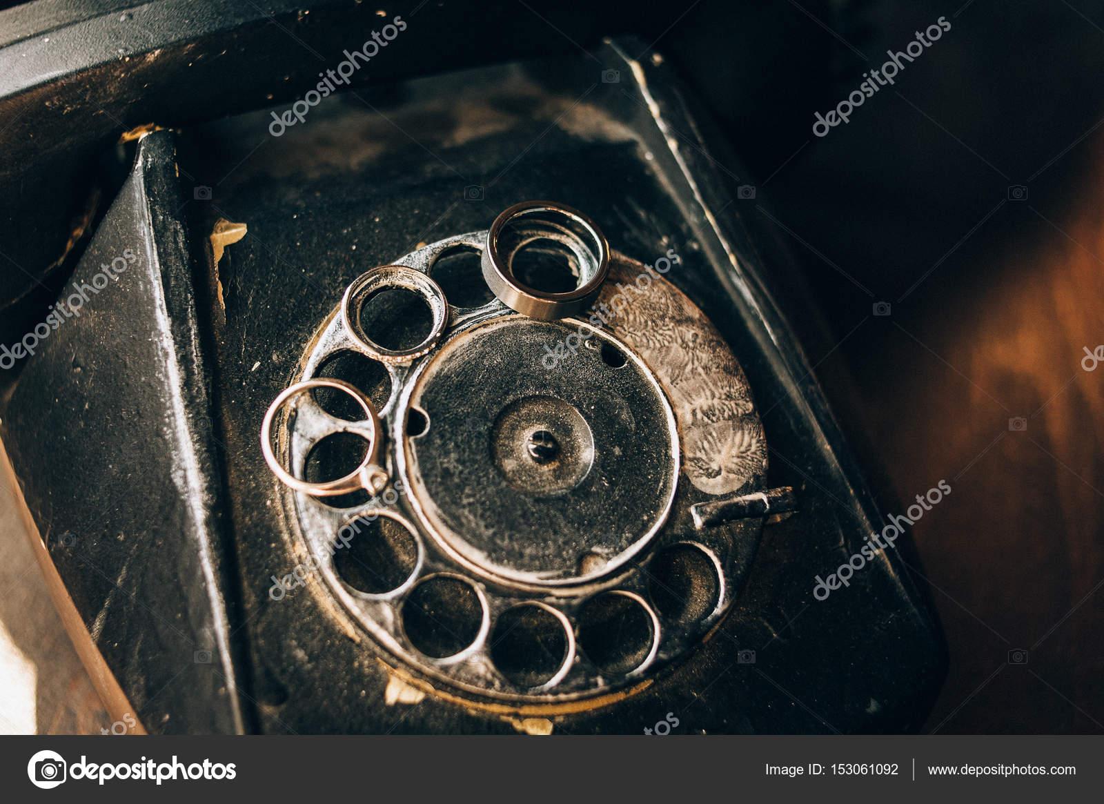 Snubni Prsteny Vintage Telefonu Stock Fotografie C Andrey Gribov