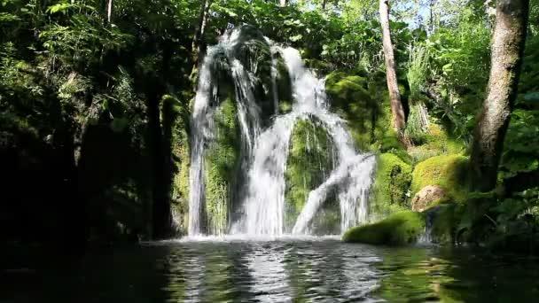 Vodopád v Plitvických jezerech, Chorvatsko