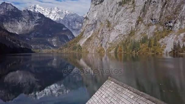 Spiegelungen im obersee, berchtesgaden, deutschland