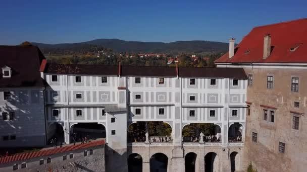 Letecký pohled na most zámku Český Krumlov