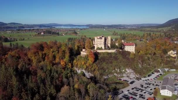 Luftbild von Schloss Hohenschwangau, Deutschland