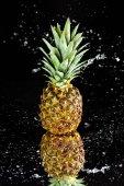 friss, érett ananász