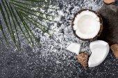 Popraskané kokos s hoblinami