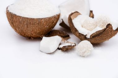 Cracked coconut with shavings