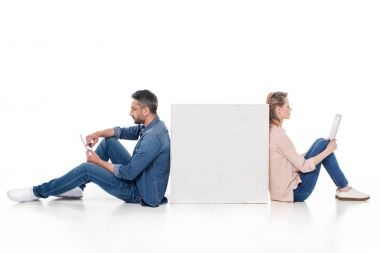 couple using digital devices