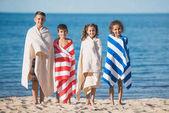 Fotografie multikulturní děti u moře