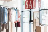 Prodej v obchodě s oděvy