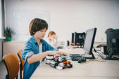 Fényképek diy robot: gépek osztályú programozás bánat gida