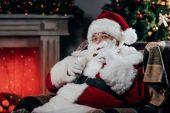 Santa s cookies a mléko