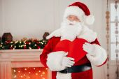 Fotografie Santa se symbolem srdce