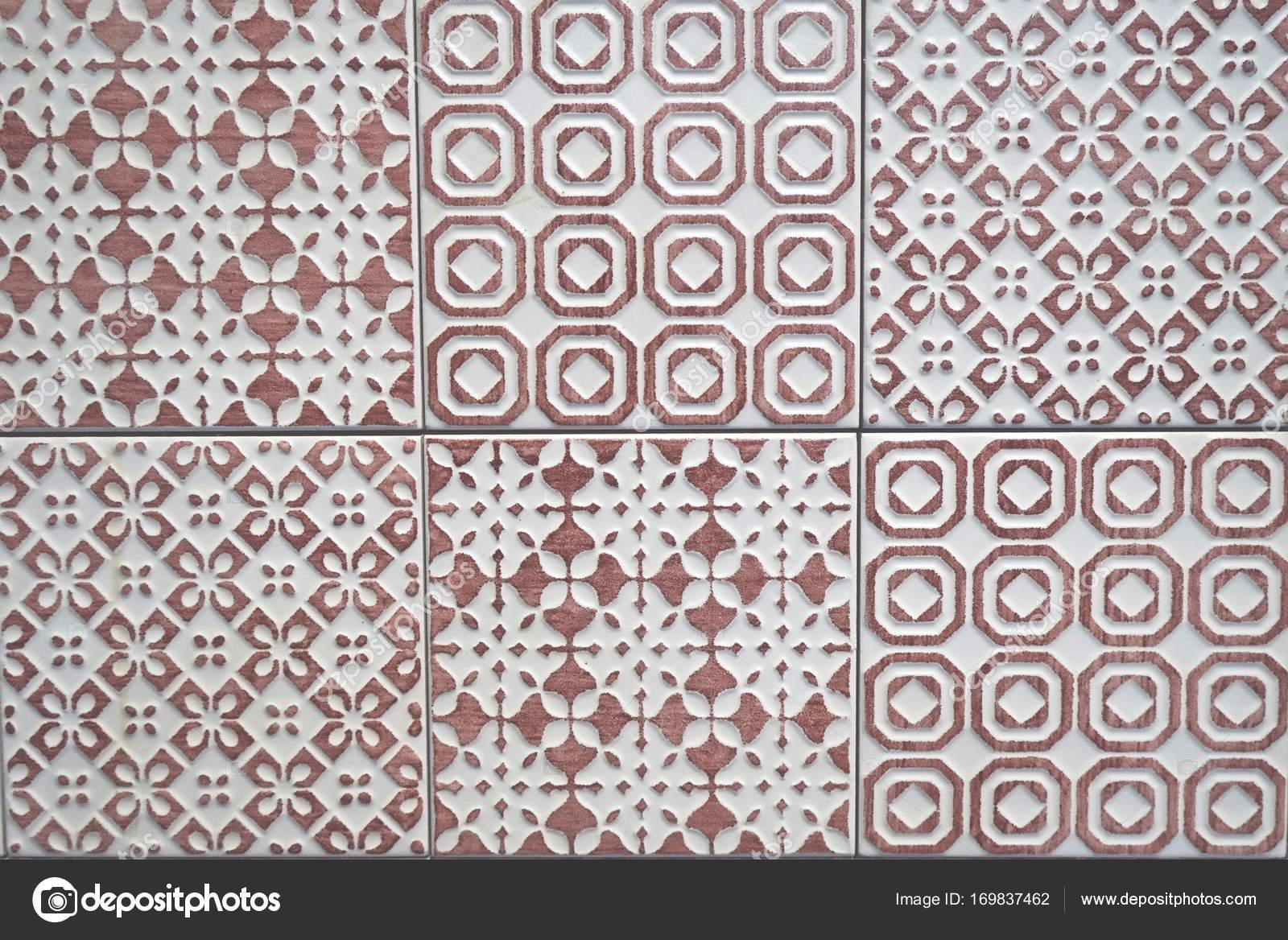 Piastrelle in ceramica viola bianco e luce texture modello senza