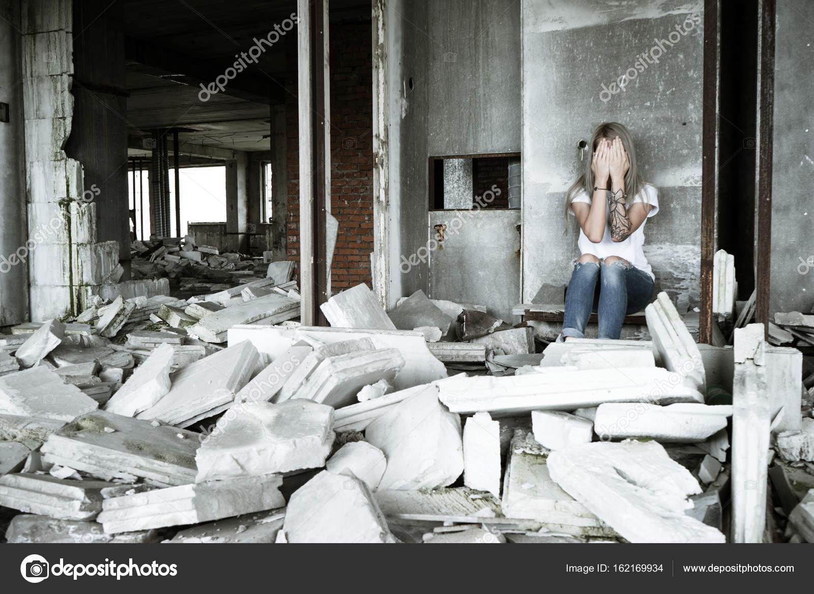 Фото одиноких девушек дома, реально красивый минет от рыжей