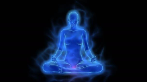 Žena s aura, čakry aktivace a osvícení mysli v meditaci, uhd / 4 k rozlišení