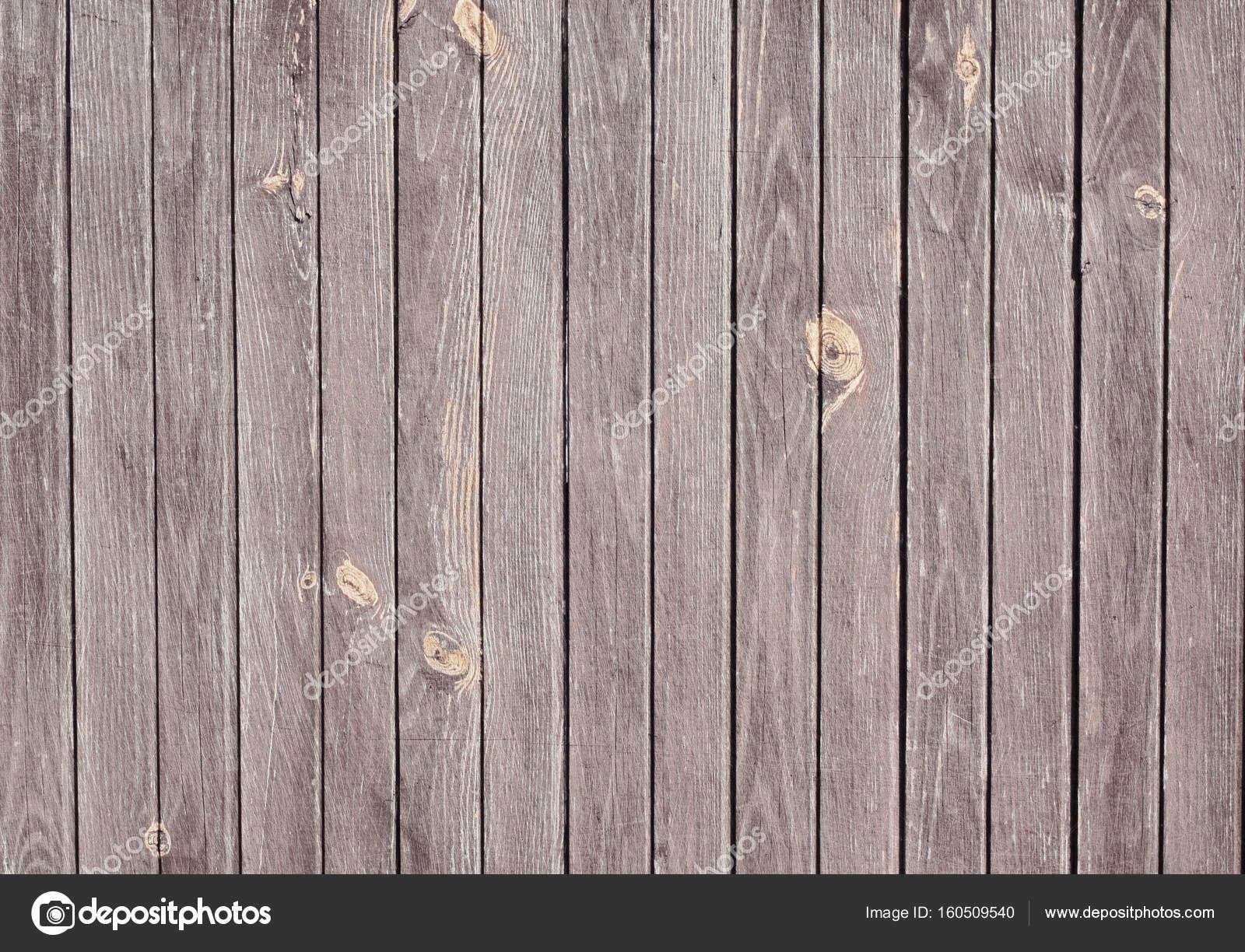 Doghe In Legno Per Pareti : Struttura in legno scuro con piano a doghe verticali tavolo
