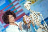 Fotografie woman teaching anatomy