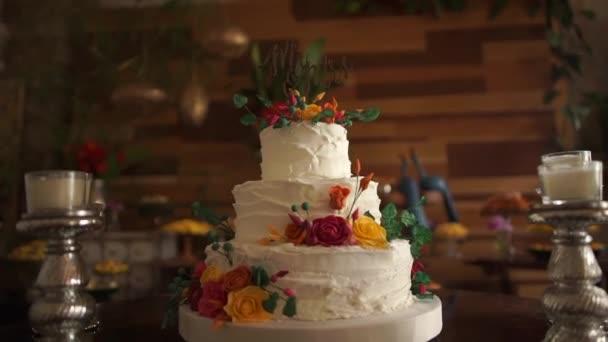 Торты свадебные  видео 162