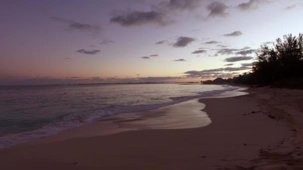 Krásný západ slunce na Bahamy