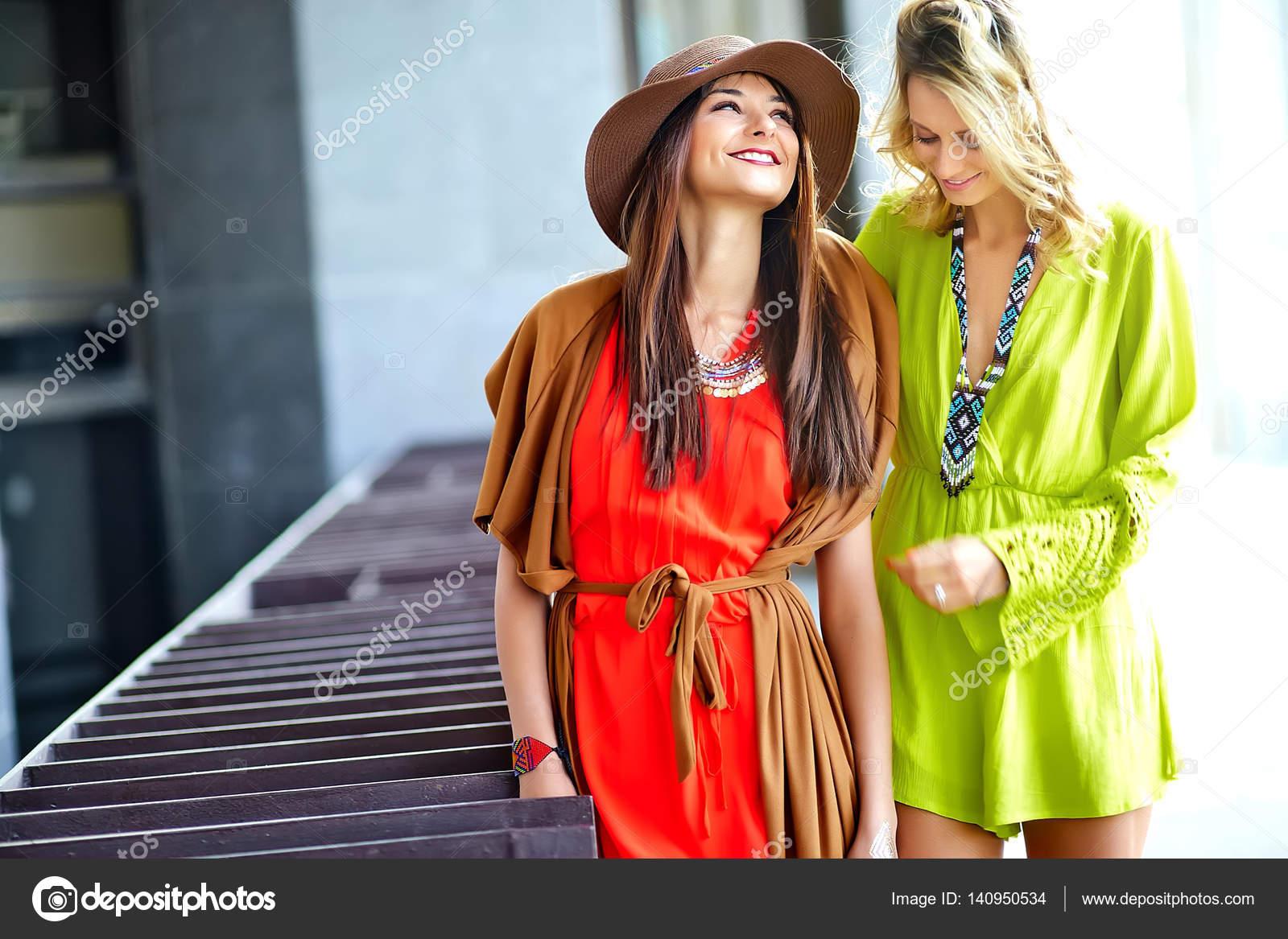 Bunte hippie kleider