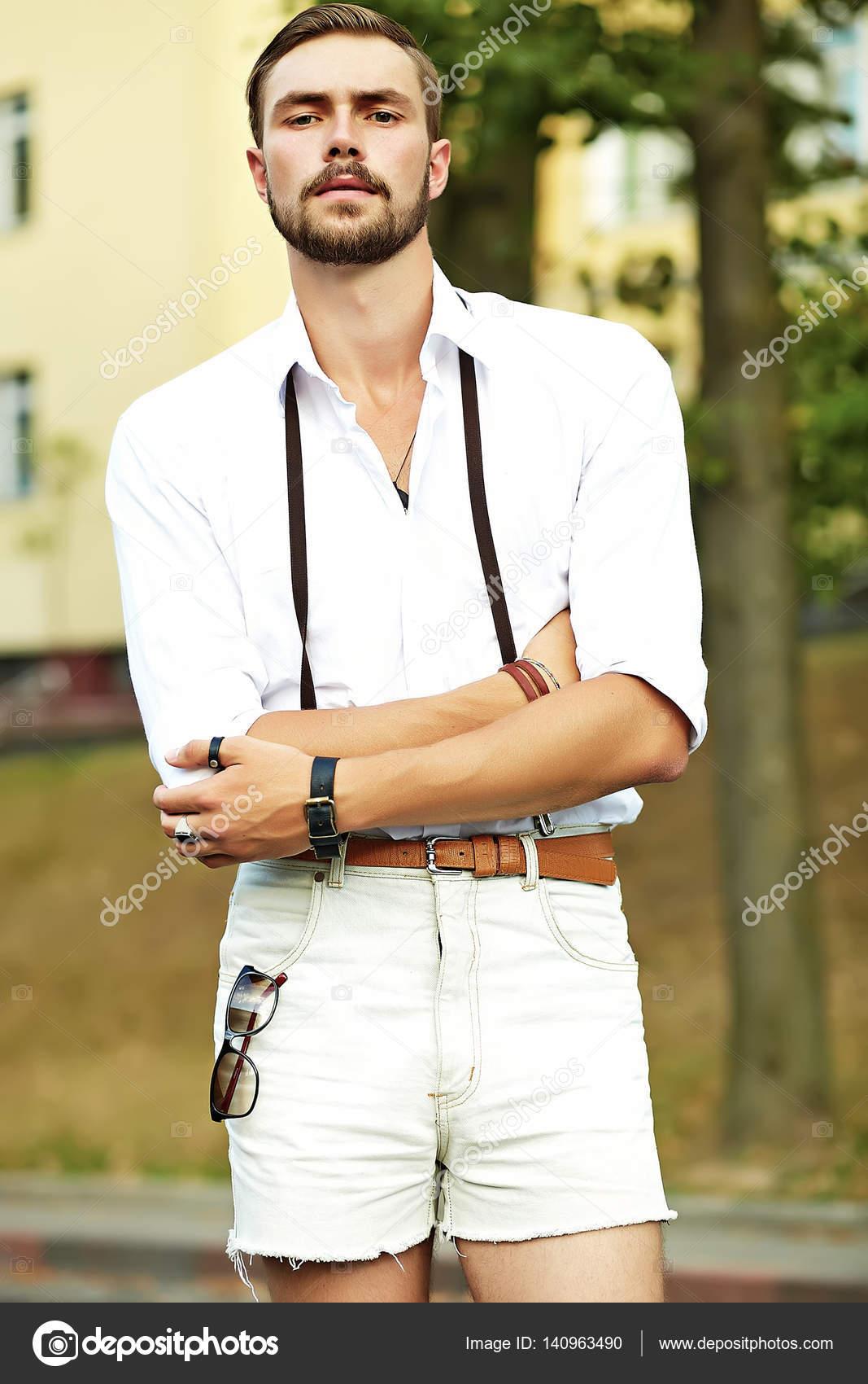 0fdeec46f Imágenes: modelo ropa hombre | Hombre de hipster hermoso modelo en ...