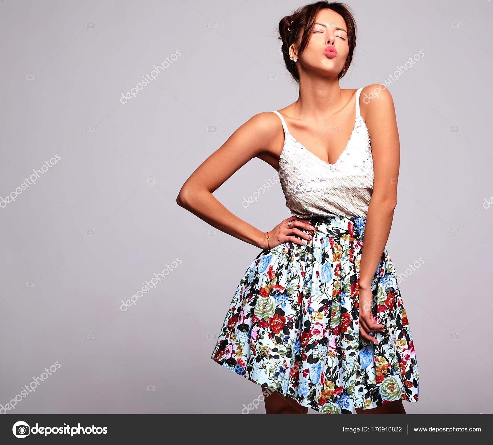 schöne sommerkleidung