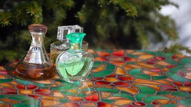 Glass perfume bottle spring