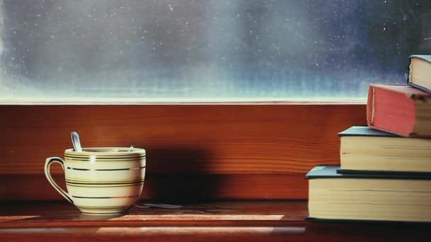 Černý čaj knihy záběry