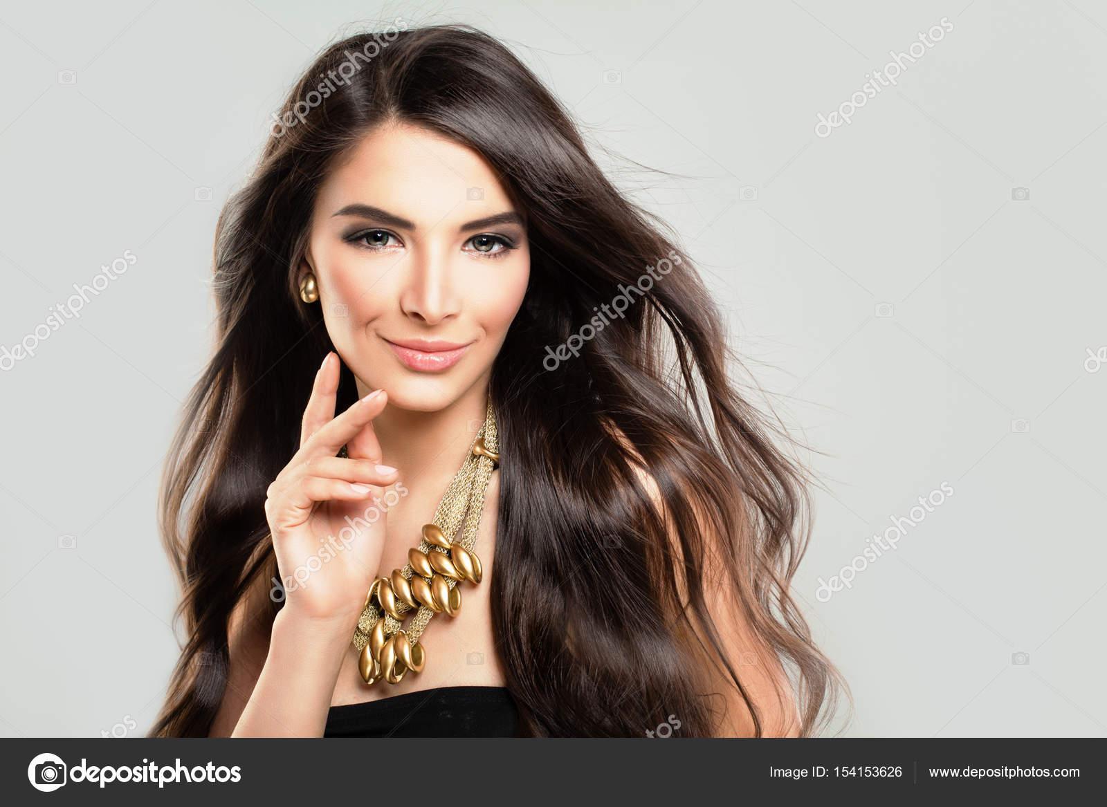schöne hispanische Modelle
