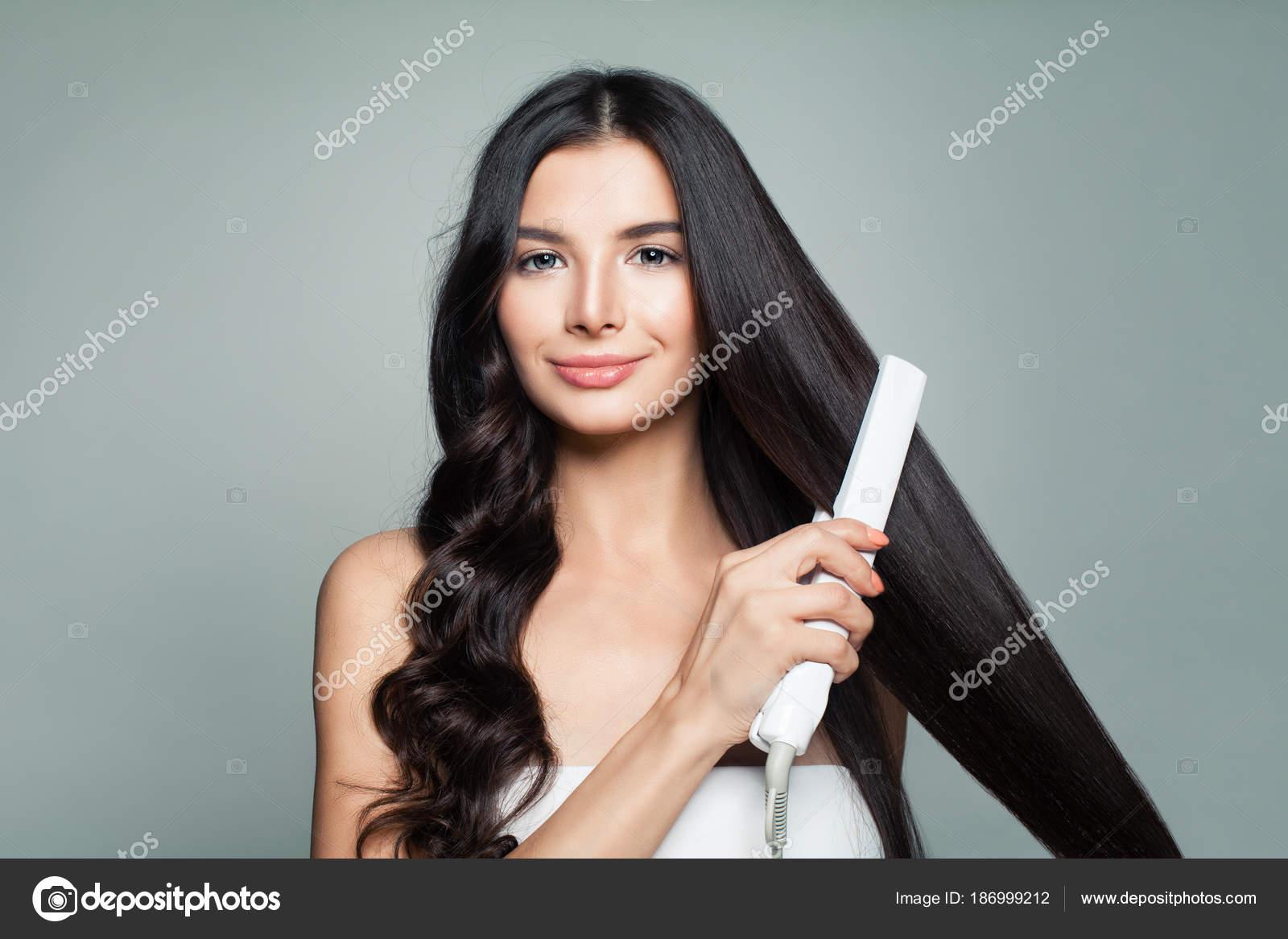 Pelo largo lacio mujer
