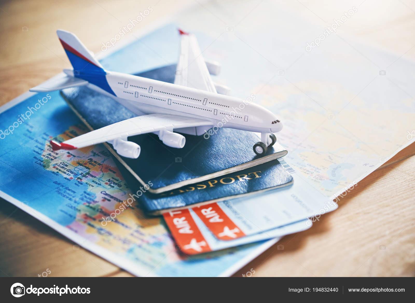Mod le avion avec carte monde passeports billets comme - Modele billet avion a imprimer ...
