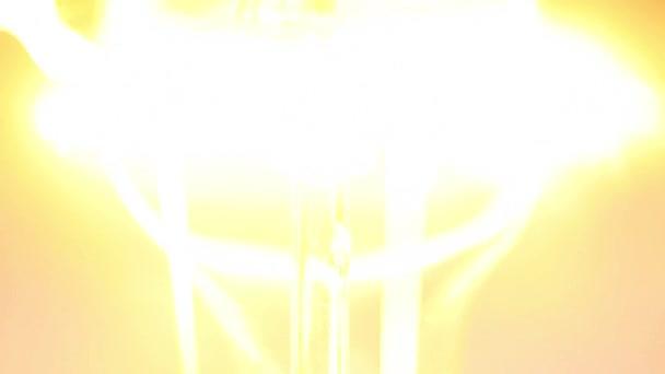 Velká žárovka lampa