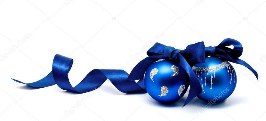 Deux boules de no l parfait bleu avec ruban isol for Decoration de noel exterieur avec ruban