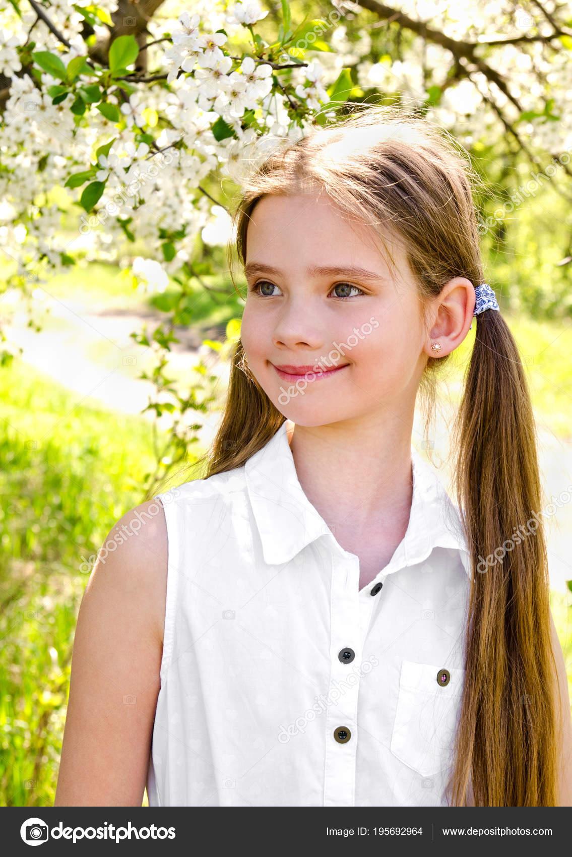 Outdoor grils teen cute lesbian — 7